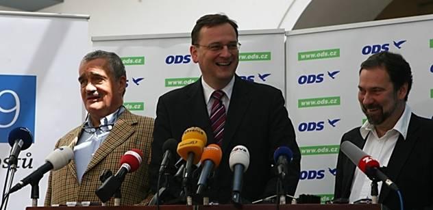 Vláda se v roce 2012 popere s krizí v eurozóně i v samotné koalici