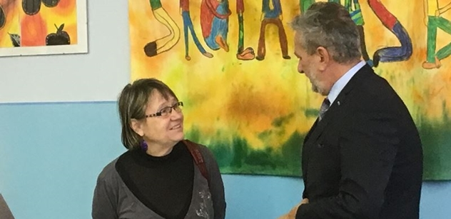 Ombudsman: Konzulát odmítal vydat cestovní průkaz nemocnému dítěti
