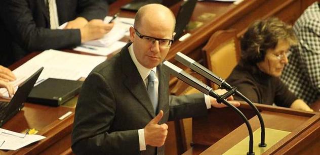 Topkař Polčák se naštval na socialisty: Berete místo opozici, to je neurvalé. Sněmovna byla skoro prázdná