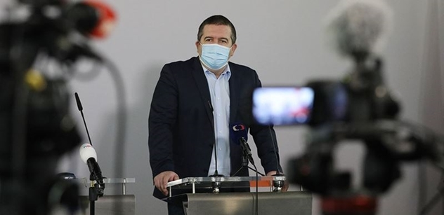 Sociální demokraté budou prosazovat, aby nošení respirátorů v hromadné dopravě a v obchodech nebylo povinné