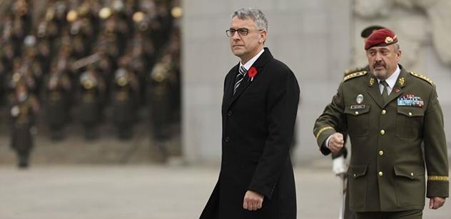 Ministr Metnar má na stole novou armádní zakázku. Za 50 miliard