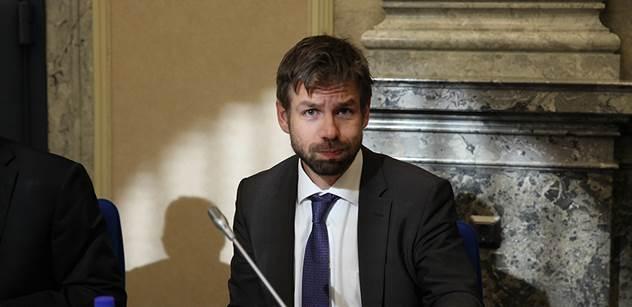 """Ministr Pelikán zahájil provoz unikátní """"otevřené"""" věznice: odsouzené připraví na návrat na svobodu"""