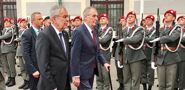 Kdybyste, paní redaktorko, byla lépe informována... Prezident na závěr návštěvy Rakouska poučil rozhlasačku