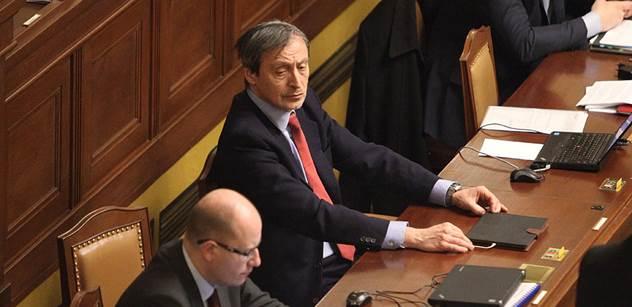 Sněmovna bude s vládou řešit bezpečnost a imigrační politiku ČR