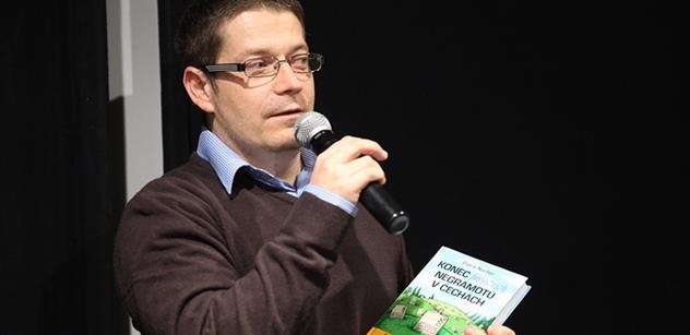 EXKLUZIVNÍ ukázky. Poslanec ANO Patrik Nacher sepsal knihu, která vyvolá hlasitý křik