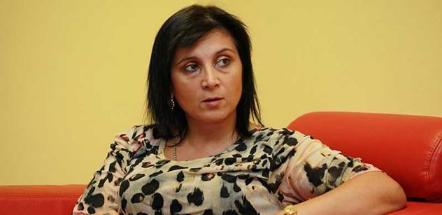 Advokátka Samková kandiduje za Okamuru do Evropského parlamentu. Jako číslo jedna