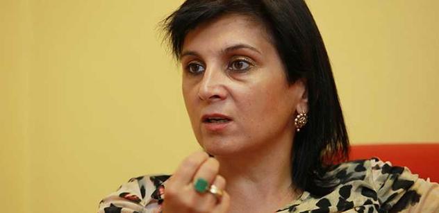 Doktorka Samková, členka TOP 09, vychválila Zemana a zle znectila Kalouska s knížetem