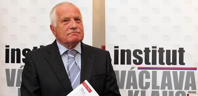 Politici i aktivisté ignorují realitu. Klaus se pustil do Západu kvůli Ukrajině