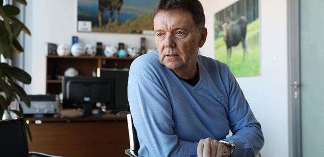 Závist je v Čechách prostě nemoc, řekl nám fotbalový boss Roman Berbr