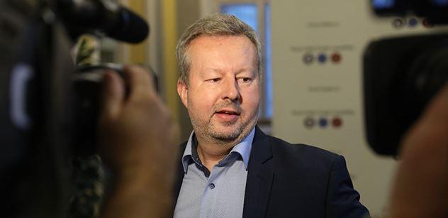 Ministr Brabec: Již potřetí krajům pošleme více než tři miliardy korun na kotlíkové dotace