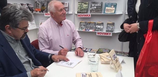 Václav Klaus s námi hovořil o ČT: Neznárodňovat, ale zrušit. Nikdy v životě jsem nevydržel koukat na jejich zprávy