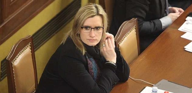 Babišova ministryně udeřila na ČSSD: Kdyby tak občané viděli, co se děje na jednání vlády! Vím, kvůli komu stát přišel o peníze. Mám to v trezoru