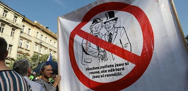 Andrej Babiš vytáhl řetězovku. A vrchní elf se z toho může zbláznit