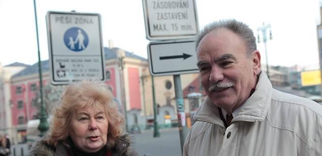 Janko (ČSNS 2005): Projev 17. listopadu  na Palackého náměstí