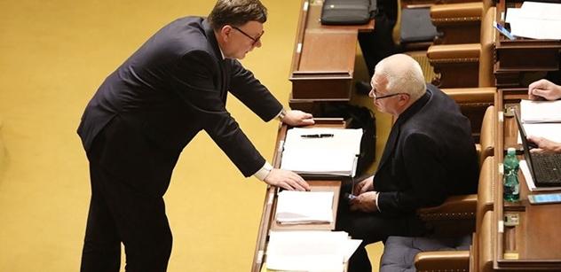 Ve sněmovně bylo živo kolem daňového balíčku. Vláda mluvila o obstrukcích opozice, Stanjura to rázně odmítl