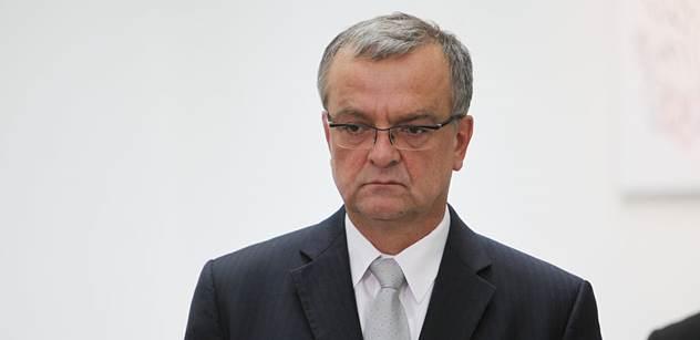 """Kalousek: Nechcete se přejmenovat na """"Putinovy Piráty"""", pane Bartoši? Bylo by to transparentnější"""
