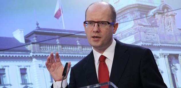 Premiér Sobotka bude v Bruselu mluvit o změně přístupu ČR k unii