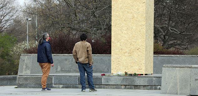 Maskovaní útočníci napadli české velvyslanectví v Moskvě. Kvůli Koněvovi