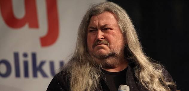 Zemanův Ringo: Prezident má reprezentovat, ne konat zrůdnosti jako Klaus
