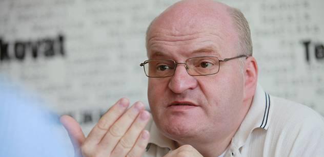 Šéf protikomunistického úřadu: Úspěch KSČM je známka nevyzrálosti demokratického myšlení
