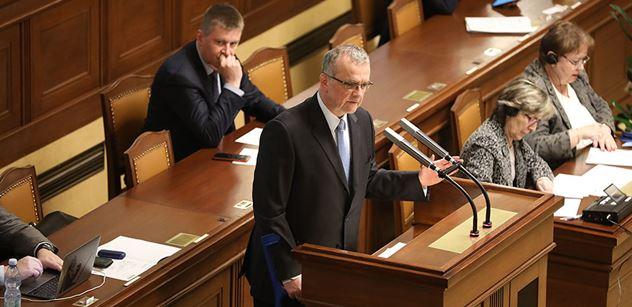 Sranda ve Sněmovně: Kalousek miluje Klause ml.? Nečekaný výstup