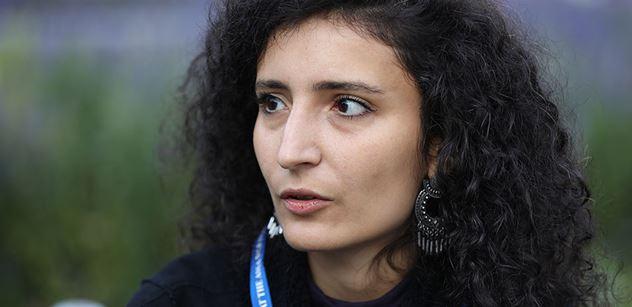 Ostřelují i místa, kudy prchají matky s dětmi. Přinášíme svědectví studentky, která má v Náhorním Karabachu část rodiny