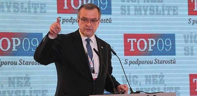 Odstupte! žádá po ministru Kalouskovi občanská iniciativa