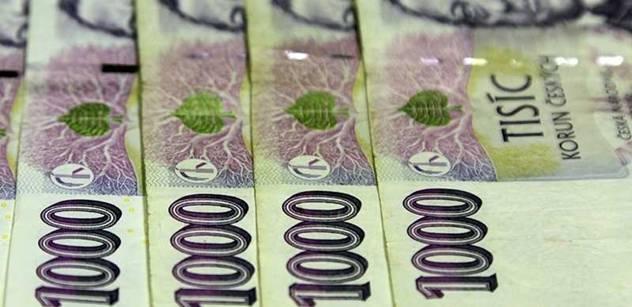 Nejvyšší český bankéř pobízí občany: Utrácejte, máme se dobře