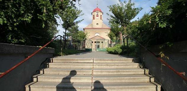 Stát chce církvím vydat pozemky o rozloze Libereckého kraje. Dokumentaci zřejmě nikdo nečetl