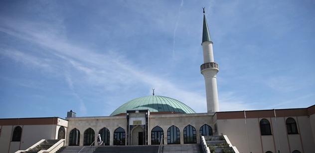 Krajan se ozývá z Německa: Teroristé jsou komáři, islám je bažina, kde se líhnou. Vysušit!