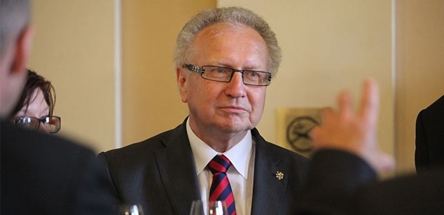 Senátor Veleba: Je to pro mne velká satisfakce. Nevadí mi, že mě dál Česká televize ignoruje