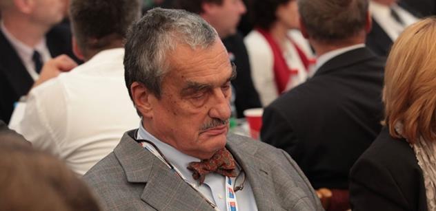 Schwarzenberg s Klausem nesouhlasí: Česko by se nemělo v Evropě izolovat