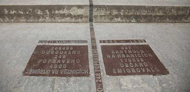 Na Malé Skále odhalili památník radistovi slavného výsadku