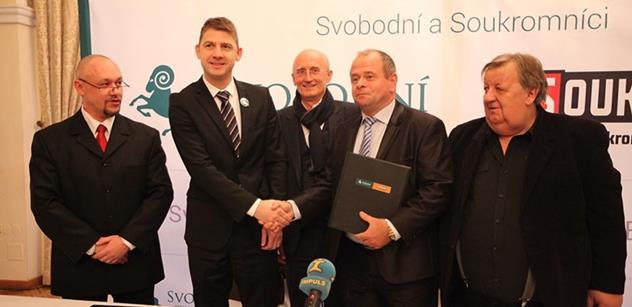 Andrej Babiš je to nejhorší, co se na české politické scéně mohlo stát. Zemi vede ke korporátnímu fašismu, znělo bojovně na akci pravicové koalice