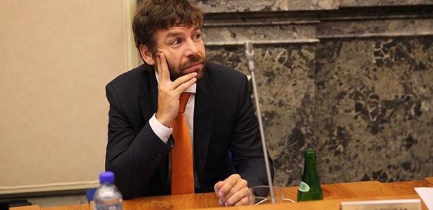 Ministr Pelikán: Dobrovolně uzavřené dohody se plní rodičům snáz