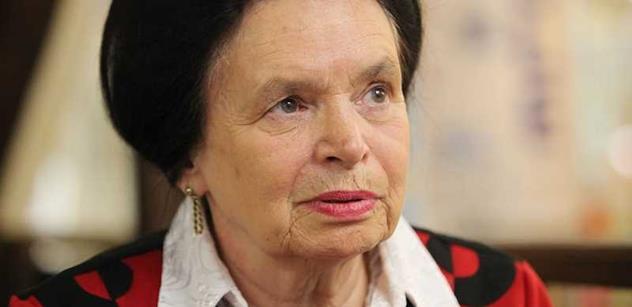 Mluvili jsme s Barborou Snopkovou, která stála i u zrodu NBÚ: Bojuji stále za své očištění. A toto jsem zažila ve vězení...