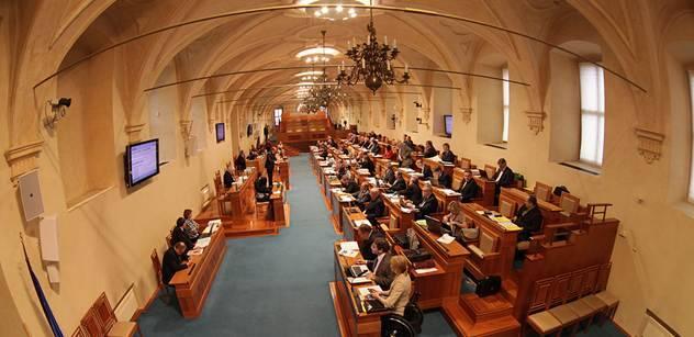 Senát navrhl, aby se Kalouskova reforma odsunula na rok 2015