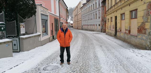 Příběh podnikatele, kterého už podruhé doběhla politika: Polštářek už mi splaskl. Od vlády padesát tisíc a konec