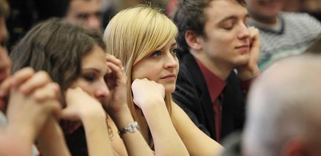 Vysoké školy dostanou navíc dvě miliardy. Rektor Zima přišel vysvětlovat do ČT, jak s nimi naloží