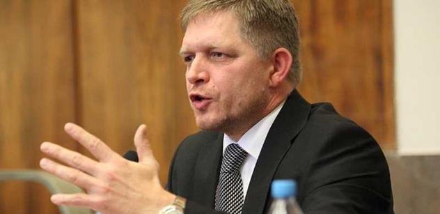 fd7185214cd Slovenský exministr vnitra promluvil o pozadí pádu a potupě Roberta Fica