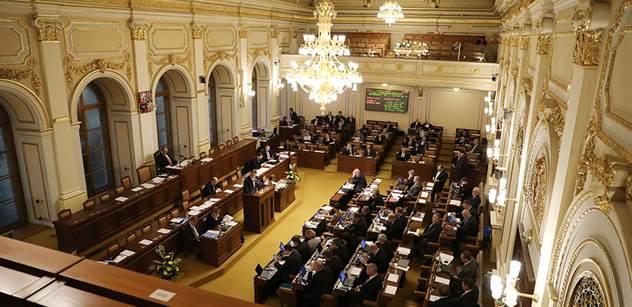 Poslanci by měli schvalovat sledovanou novelu autorského zákona