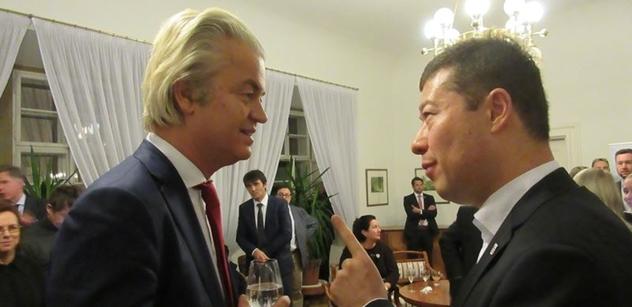 Víme, o čem si za zavřenými dveřmi povídali Okamura s Geertem Wildersem. Čtěte jenom u nás
