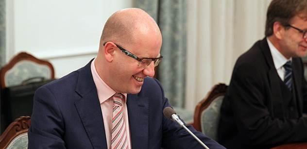 Premiér Sobotka jednal s odboráři o situaci ve zdravotnictví, zvyšování platů i aktivní politice zaměstnanosti
