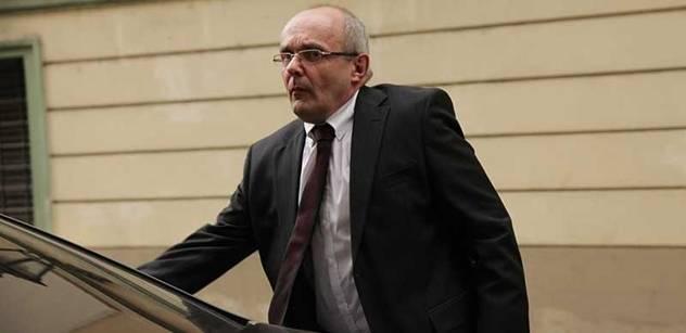 Protikorupční fond se ozval: Jankovský je na odstřel. Hraje to s mafiány