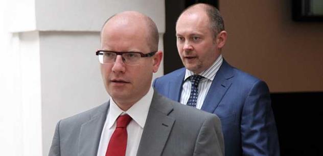 Požadavek lustračního osvědčení podle Sobotky jednání o vládě nezkomplikuje