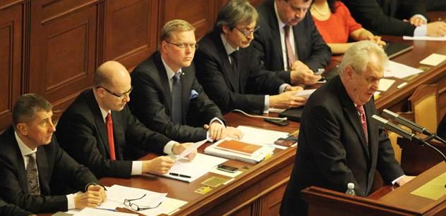 Ve sněmovně poprvé zasedne vyšetřovací komise ke kauze Opencard