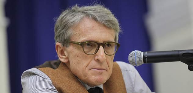 Komentátor se zamýšlí nad novou stranou Robejška a připomíná mu rok 1968