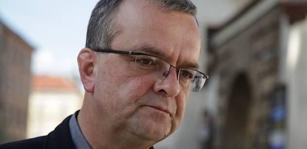 Drsný rozvod: Kalouskovi už nepatří ani dům v Bechyni