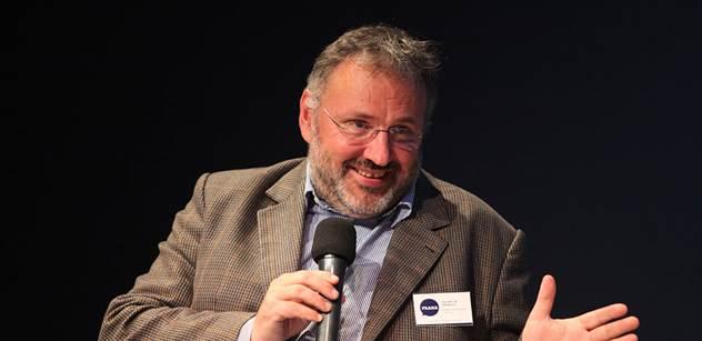 Profesor přes palubu. Poslanec Jiří Zlatuška již nevede výbor pro školství