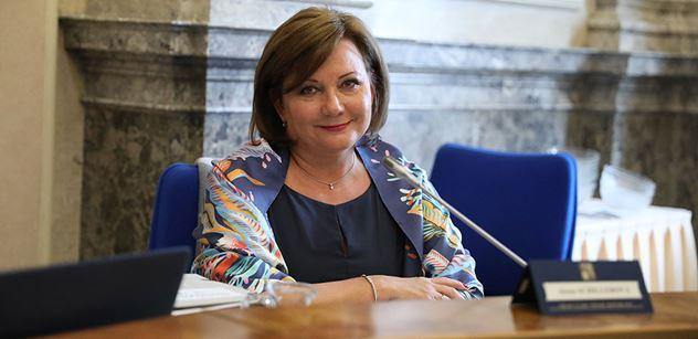 Ministryně Schillerová: Novelou se mění distribuce doplňkového penzijního spoření
